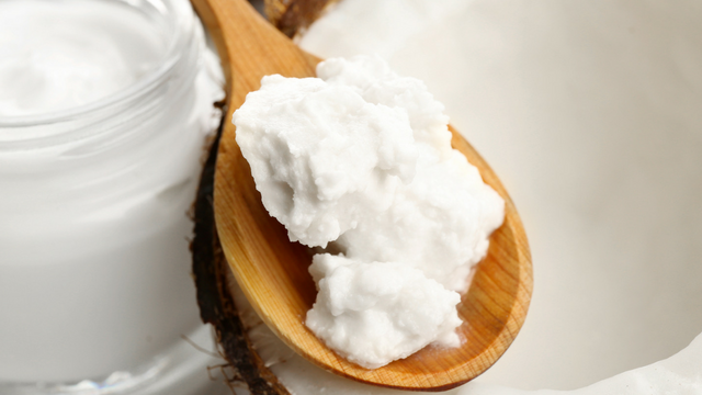 The 7 Best Organic Coconut Oils for Curly Hair