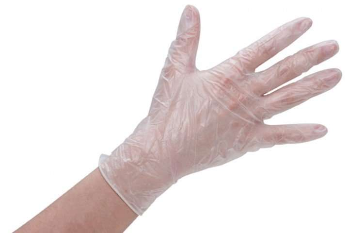 protect your hands when dyeing hair