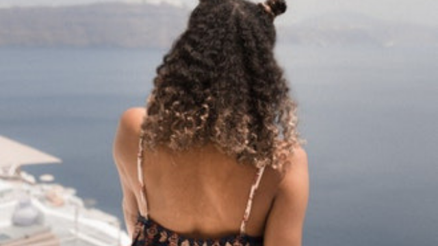 11 Creative and Easy Hair Styles for Curly Hair