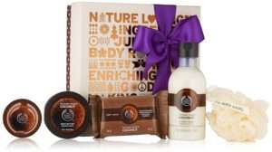 body-shop-festive-coconut-gift-set