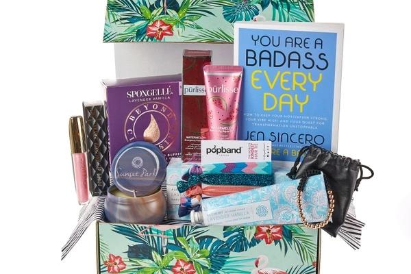 Paradise Delivered Premium Box Self-Care Box